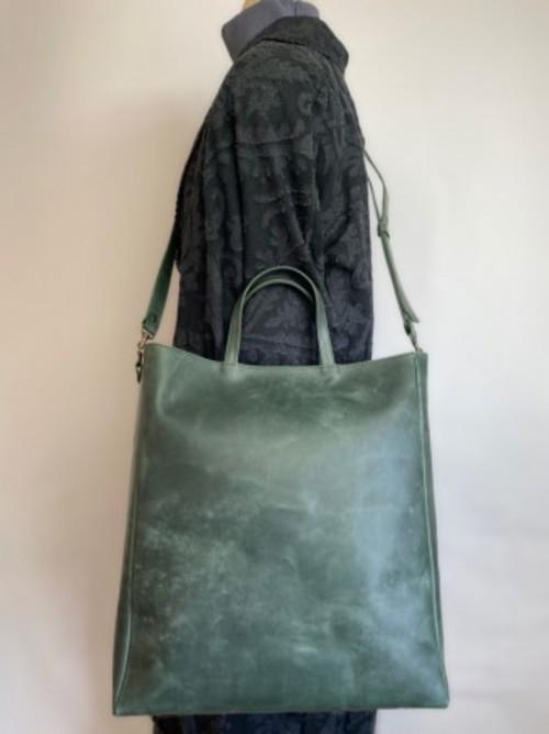 メンズにもオススメ!国産上質タンニン革 2WAY紙袋型トート グリーン
